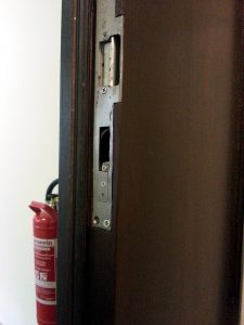 Einbruchschaden Tür instand setzen