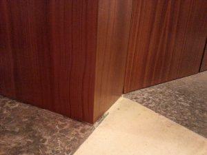 Oberflächenreparatur Wandverkleidung
