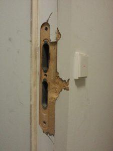 Einbruchschaden Tür beheben
