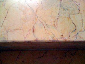 Naturstein Marmor reparieren von Treppenstufen Reparatur